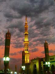 Al Mαsjid Al Nαbαwi ❤ (gLySuNfLoWeR) Tags: sunset muslim islam holy madinah medine ravza masjidalnabawi