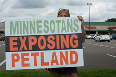stpaul twincities petland kitten farm demonstration minnesota animal pet dog cat activism activist puppy protest protesting protester
