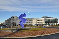Optical Illusion - Looking North West (Sig Holm) Tags: sculpture art iceland artwork september reykjavík opticalillusion ísland islande 2013 listaverk rafaelbarrios höfðatorg