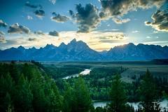 Snake River Sunset (trevoraagard) Tags: usa wyoming grandteton hdr wy grandtetonnationalpark