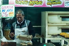 Gorditas de Nata (raulmacias) Tags: street night mexico photography noche streetphotography jalisco mexicanos pan horno nata conchas tlaquepaque empanadas gorditas casero antojitos antojitosmexicanos gorditasdenata raulmacias raulmaciascommx httpwwwraulmaciascommx