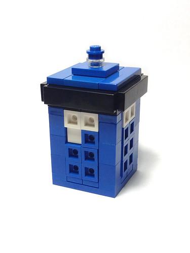 Tiny TARDIS - LEGO Mini MOC