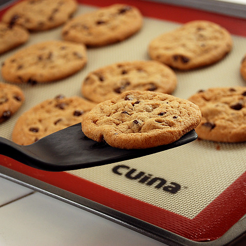 "Silicone Baking Mat - Kitchen Gadgets by Cuina Kitchen <a style=""margin-left:10px; font-size:0.8em;"" href=""http://www.flickr.com/photos/115365437@N08/12108406673/"" target=""_blank"">@flickr</a>"