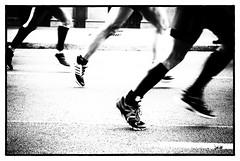 Barcelona Marathon 14 (jacobo_gonzalez_castrodeza) Tags: barcelona street city blackandwhite bw blancoynegro contrast nikon marathon bcn contraste catalunya jacobo 2014 d80