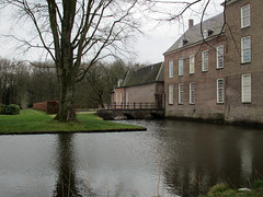 Heeze Nbr Slotgracht kasteel (Arthur-A) Tags: castle netherlands nederland chateau brabant kasteel noordbrabant heeze strabrecht