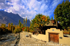 Shigar fort and palace (C@MARADERIE) Tags: autumn orange green window yellow horizontal clouds landscape one colorful stream bluesky nopeople care northernareas pathway colorimage mudwall onecar shigar s