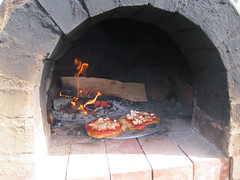 Pizza in clay oven_4630297967_l