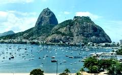 feliz dia Rio de Janeiro! (luyunes) Tags: riodejaneiro cidademaravilhosa motoz luciayunes