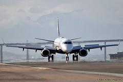 Breaking on rwy 20L at SDU (Netburn2k) Tags: brazil rio brasil ro janeiro aircraft airplanes picture spot santos fotos spotting dumont 190 aviones embraer sdu