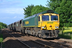 66617 Fiskerton Junction (MS Rail Photos) Tags: station train power ratcliffe railway junction heavy loaded haul signalbox haa 1541 freightliner immingham fiskerton 66617