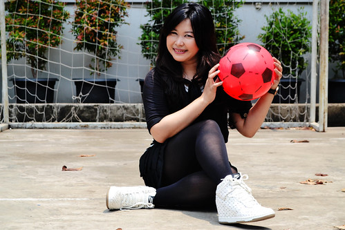 fashion nike sporty legging feminim wedgesneaker siskamariaeviline sisiliaretnawati