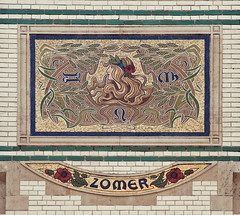 Antwerpen, Waterloostraat Hoek Gen. van Merlenstraat (Jan Sluijter) Tags: winter mosaic herfst artnouveau zomer lente antwerpen saisons mozaik jugenstil zurenborg seizoenen