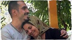 VIA:Hossein Ronaghi فردا دوشنبه زلیخا موسوی مادر حسین رونقی 700 کیلومتر راه را طی می کند تا فرزندش را برای 20 دقیقه ملاقات کابینی کند و این یعنی اوین پابرجاست و این یعنی زندانیان سیاسی هنوز در ایران در زندان هستند . (JoindHands) Tags: freedom iran 20 700 ایران و این را الله در proxy arman حسین sabz راه تهران مادر تا علی برای خاتمی اصلاح کیلومتر دوشنبه شورای می زندان سیاسی ملاقات هنوز کند طلب شکوری kalame اوین هستند موسوی فردا آیت یعنی جبهه فرزندش میر مشارکت دقیقه زندانیان زلیخا ronaghi jonbesh خوئینی رونقی هماهنگی سبزامیدار ادشیر امیرارجمند طی کابینی مشارکتviahossein پابرجاست
