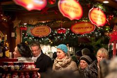 Hamburg Christmas Market (OskarN) Tags: christmas germany festive market hamburg glhwein upc holidayseason kerstmarkt lichten upc1213