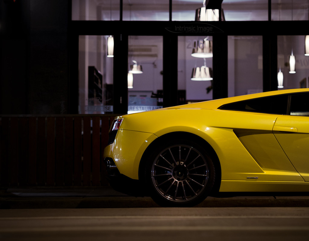 Hilife Loview (Intrinsic Image) Tags: Street Travel Abstract Car Yellow  Shop Night