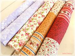 Fevereiro (litllefabricris) Tags: flores cores handmade amor artesanato craft com bolsas tecidos organizadores costura florais feitoamão