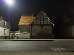 Asleep (sterreich_ungern) Tags: street light bicycle germany deutschland spur saxony land ambient lower asphalt altstadt fahrrad fachwerk niedersachsen