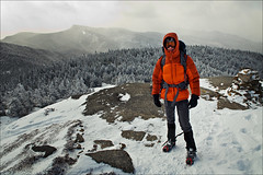 Jon on Cascade Mountain (HckySo) Tags: mountain high nikon jon adirondacks summit peaks nikkor cascade adirondack d90 1755mm