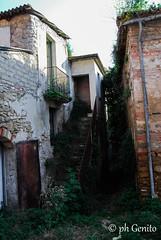DSC_0134 (antomatto) Tags: centro case ricordi medievale fantasma paesaggio benevento passato vecchio storico vecchia desolazione paese apice casrello paesefantasma diroccate castellomedievale paesevecchio casediroccate apicevecchia storiacentrostorico