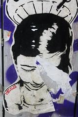 IMG_1994 carrer d'Elisabets, Barcelona (meuh1246) Tags: barcelona streetart elraval enfant barcelone carrerdelisabets