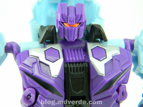 Transformers Vortex Deluxe - G2 Fall of Cybertron - modo robot