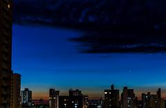 Beautiful Blue (Roberto Amaral) Tags: city cidade sky night lights nikon cu sp noturna noite podeaucar prdios piracicaba estacionamento fisp d7000 robertoamaral ramaral