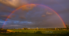 IMG_0903 (Esjuhbesjuh) Tags: sunset sky water regenboog clouds rainbow zonsondergang waves outdoor natuur wolken wave esther lucht zon clous wolk luchten vinju esthervinju