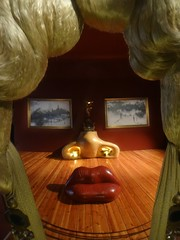 Dali Theatre Museum homage to Mae West