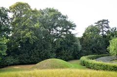 Ascott House and Gardens (scuba_dooba) Tags: uk england house home gardens de hall farm buckinghamshire country wing harry national trust mayer sir 3200 bucks hamlet baron ascott acre stately manicured rothschild veitch