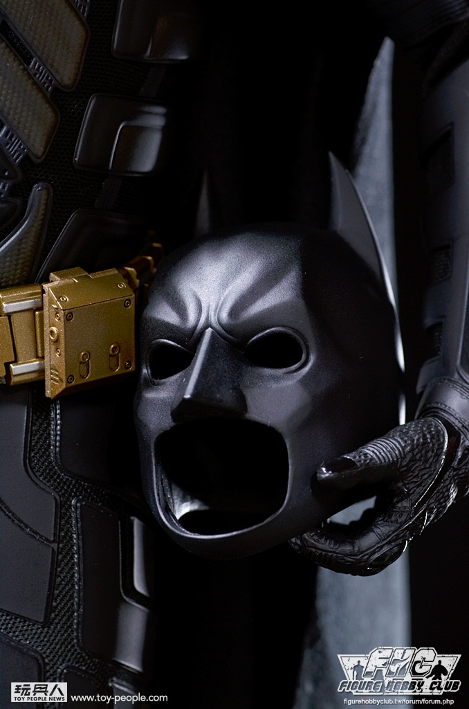 Hot Toys QS001 「黑暗騎士:黎明昇起」 1/4 比例蝙蝠俠開箱報告