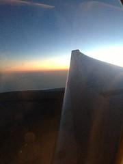 Predawn Light, South China Sea (Michael Berch) Tags: sq sia singaporeairlines aboard b777 b777300 9vswd