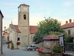 Bergolo: Chiesa della Nativit di Maria (17.Jh.) (HITSCHKO) Tags: italien cn nocciola piemont bergolo altalanga haselnssen cuenoi paesedipietra cortedmilia brmidata