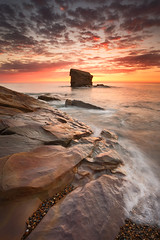 Charley's Garden, Collywell Bay (Alistair Bennett) Tags: seascape sunrise coast rocks northumberland seatonsluice collywellbay charleysgarden canonef1740mmƒ4lusm gnd075he gnd045se