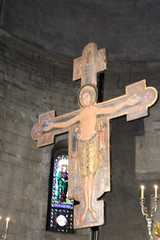 IMG_2908.jpg (She Curmudgeon) Tags: window crucifix column romanesque sanmartino