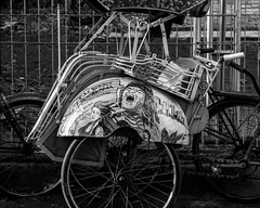 Rickshaw - Yogyakarta (Nathan A Rodgers) Tags: travel blackandwhite bw indonesia asia southeastasia streetphotography jogja yogyakarta jogjakarta rickshaw streetscenes 2012 travelphotography specialdistrictofyogyakarta