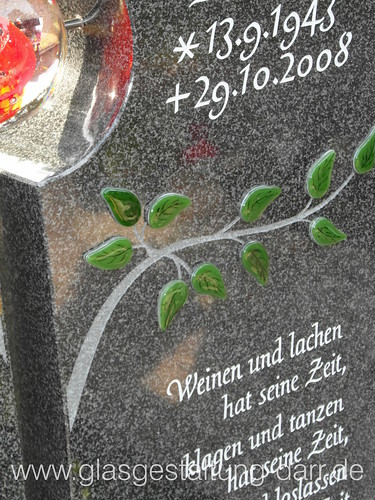 "Grabstein / Gravestone I • <a style=""font-size:0.8em;"" href=""http://www.flickr.com/photos/65488422@N04/11612721533/"" target=""_blank"">View on Flickr</a>"