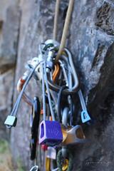 Climbing (Jpablo Muoz) Tags: chile climb san climbing cinta escalada clemente maule expres mosqueton armerillo asegurar empotrador