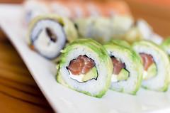 Avocado (Vampyyri.Lauri) Tags: chile laura blanco japan 35mm sushi nikon comida salmon queso roll rolls nikkor 35 plato crema japon iro afs nipon palta camaron 7000 ciboulette tudela quesocrema nikonista d7000 nikond7000 lauratudela irosushi