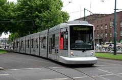 Düsseldorf, Konrad-Adenauer-Platz (Hauptbahnhof) 23.08.2010 (The STB) Tags: siemens tram düsseldorf tramway strassenbahn rheinbahn nf10 konradadenauerplatz strasenbahn rheinischebahngesellschaftag