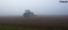 L_KNP5256 (Rodney Wetton) Tags: mist tractor misty lincolnshire daffodil johndeere sowing mistymorning lincolnshirewolds sowingseeds edlington capnilfarm