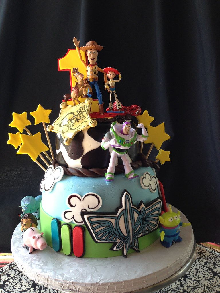 The Worlds Best Photos Of Cake And Disneyland Flickr Hive Mind