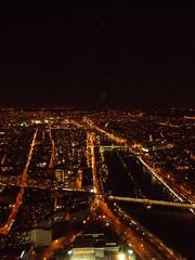 Paris bei Nacht (schremser) Tags: frankreich paris eiffelturm toureiffel aussicht nacht seine