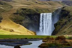 _DSC5424 copy (2careless) Tags: sony a7r2 contax zeiss 100300mm f4556 iceland skogafoss waterfall misty curtain mt