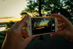 sunset y phone cerro lambare-7796 (michaelkunz4) Tags: asuncion paraguay streetphotography