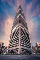 Al Faisaliah Tower (IzTheViz) Tags: alfaisaliah faisaliah saudi riyadh ksa saudia arabiesaoudite saudiarabia riyad