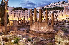 Area Sacra di Largo Argentina, Rome (richardsercombe) Tags: rome argentina night dark square lights evening torre caesar area di sacred julius largo