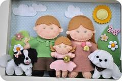 Quadro maternidade (Casinha de Pano) Tags: dog handmade felt famlia cachorro feltro menina mdf malts quadromaternidade