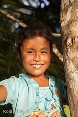 Girl in El Nido (Rolandito.) Tags: portrait girl asia south philippines el east southeast nido pilipinas palawan philippinen