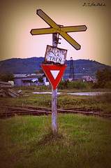 Atentie la tren! (djbalbas) Tags: romania transylvania rumania mures ocna transilavania ocnamures outstandingforeignphotographersvisitingromania
