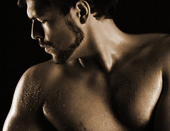 Waterdrops.. (akal_flickr) Tags: portrait male sepia key low waterdrops muscels innamoramento